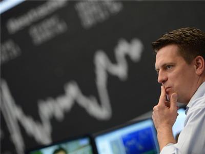 恒指下跌中,港股通资金加速买入