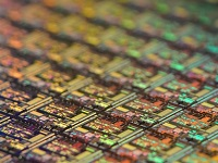 晶圆产能告急,中国芯片厂能否借机往前跨越一大步?