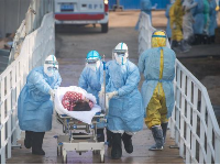 全球疫情动态:约翰逊目前病情稳定,高烧已退